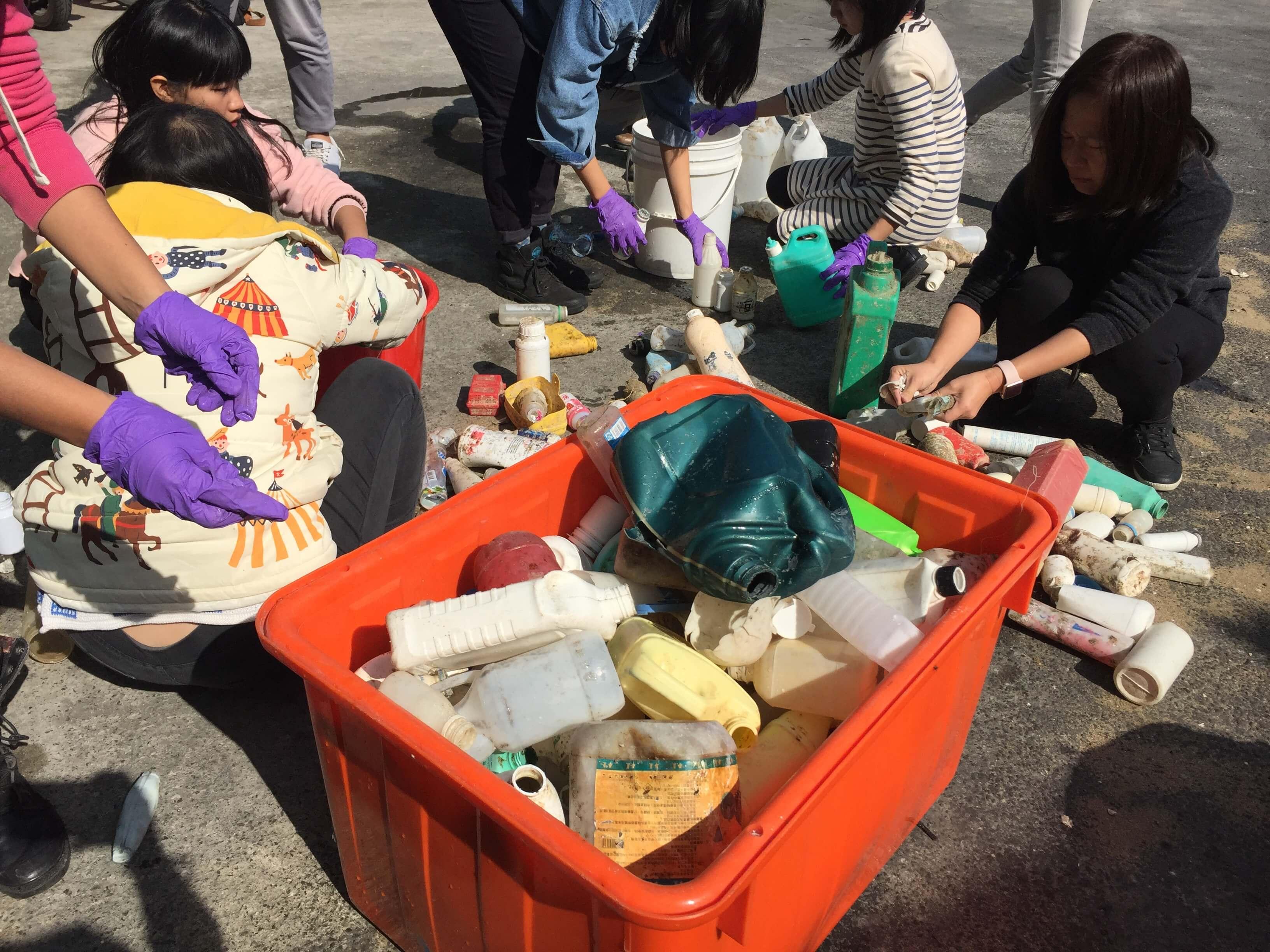 垃圾分類,塑膠再生,塑膠回收,塑膠垃圾,寶特瓶回收,海廢路上我們不孤單,海洋垃圾,環保教育